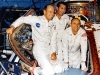 Equipaggio di Apollo 12 accanto al CM