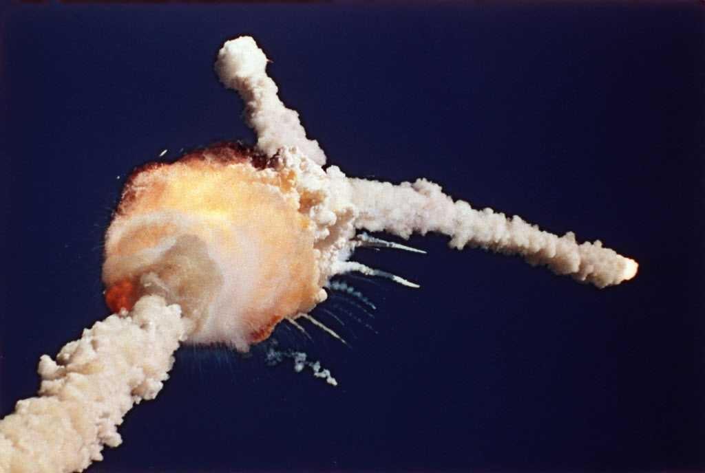 space-shuttle-challengerjpg-ff9375e2f0d3b75c