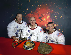 The_Original_Apollo_13_Prime_Crew_-_GPN-2000-001166